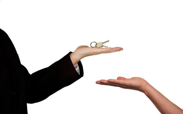 jak powinno wyglądać kupno mieszkania krok po kroku