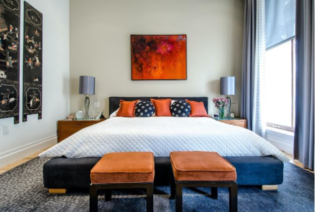 Na jakie meble w sypialni warto się zdecydować?