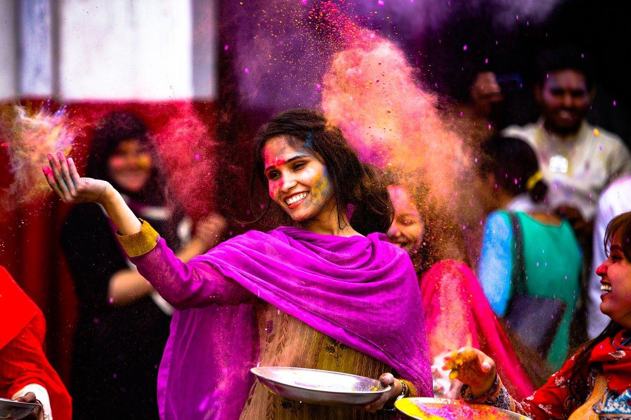 Sklep z meblami indyjskimi