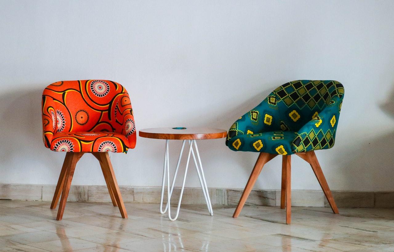 krzesła do salonu